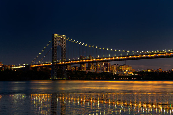 Photo of  the George Washington Bridge over the Hudson River. — New York, New York