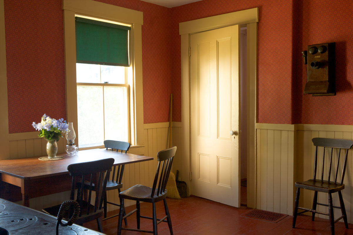 Photo of Robert Frost's Kitchen Table
