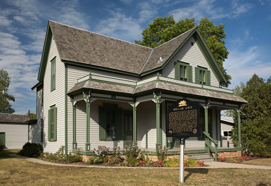 Photo of Sinclair Lewis' boyhood home.