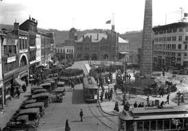 "Photo of ""Filming 'Conquest of Canaan' movie at Pack Square, Asheville, NC, 1921"" [Herbert Pelton, Photographer]."