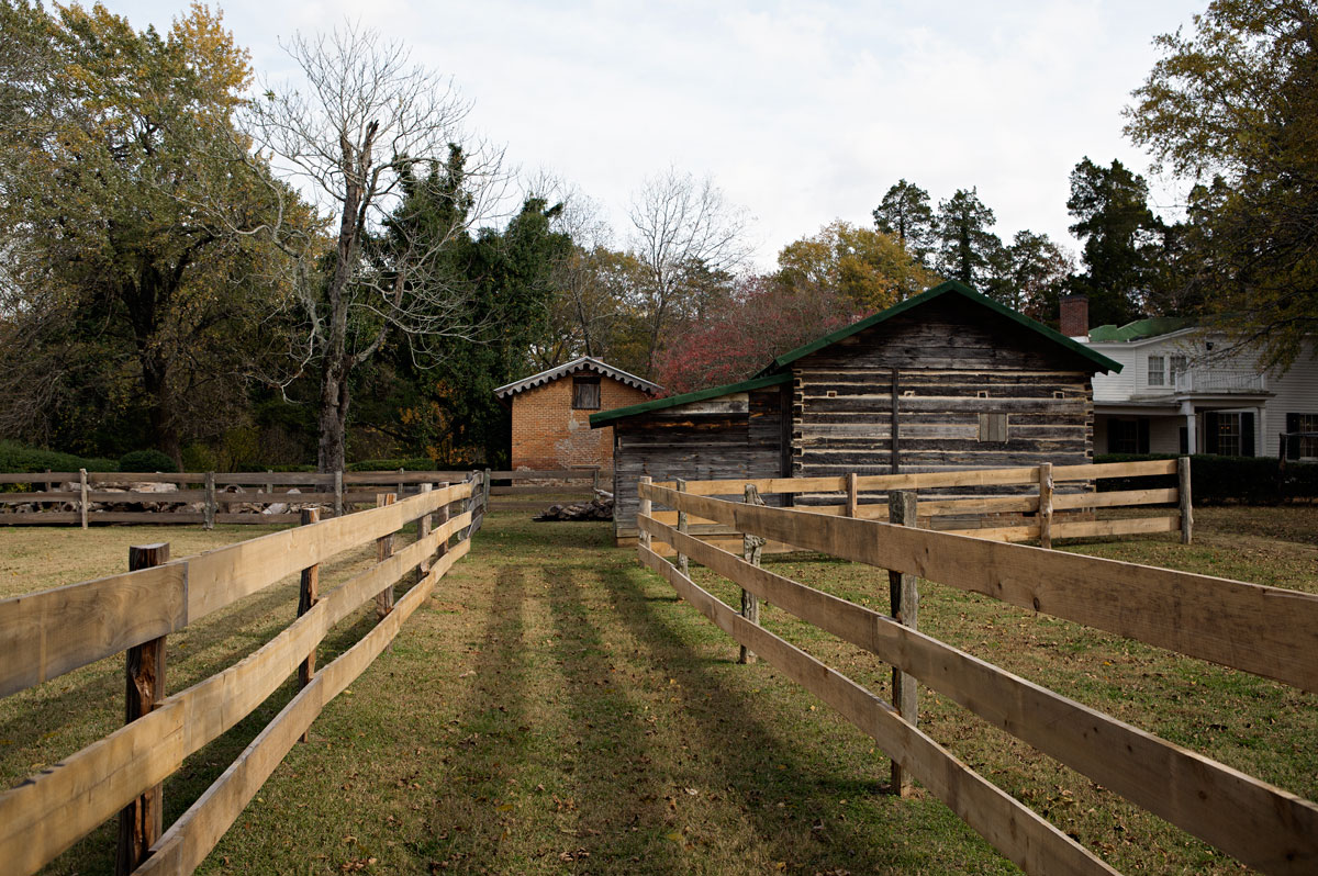 Photo of William Faulkner's stables at Rowan Oak